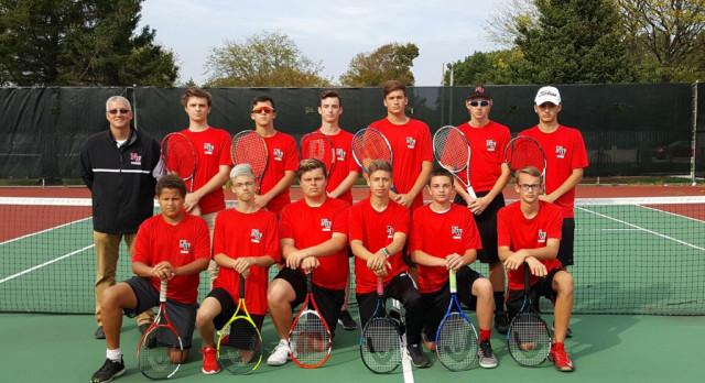 Boys Tennis Defeats Leslie Tuesday