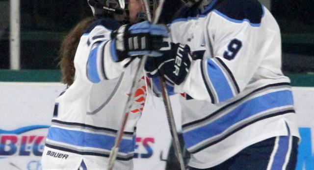 Varsity Hockey beats Regina High School 6-1