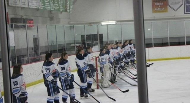 Hockey Goes 2-0 Over the Weekend