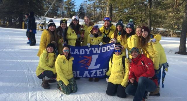 Ski Team Finishes 5th at Regional