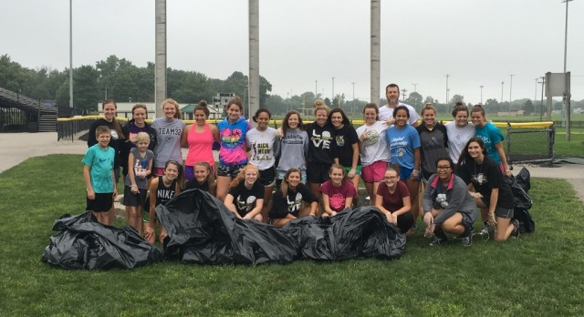 Lady Tigers Volleyball Team Helps to Support Cleanest City in Indiana Initiative!  Tiger Pride!