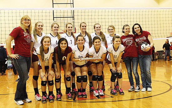 Volleyball Team Advances to Semi-State for Second Consecutive Season