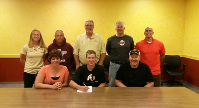 Warren Commits to Anderson