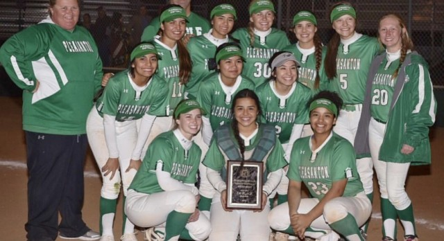 EAGLE SOFTBALL TAKE HOME CHAMPIONSHIP – HARLANDALE TOURNAMENT