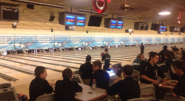 Two Bowlers Qualify for State Finals