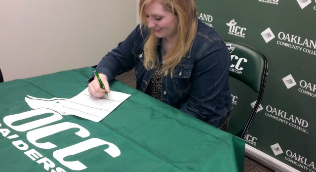 MacKenzie Norton Signs With OCC
