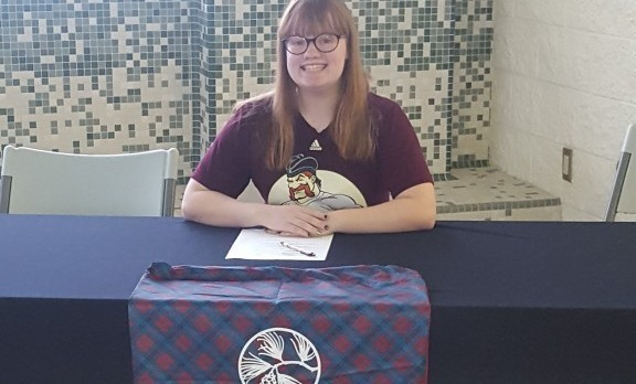Swimmer Elizabeth Flatoff Will Attend Alma