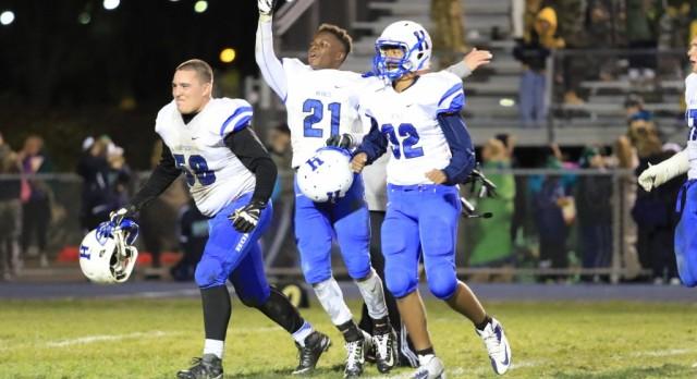 2015 Varsity Football defeats #5 Rosemount