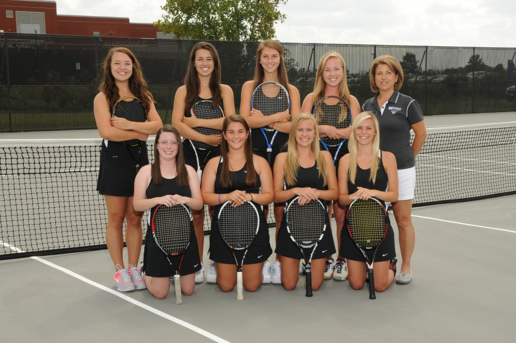 Girls Tennis Advances to Southwest District Semi-Finals.
