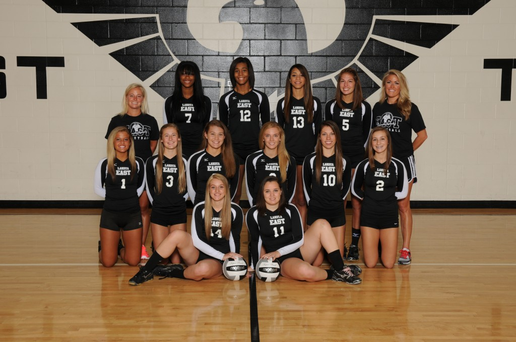 Girls Volleyball Downs Mercy