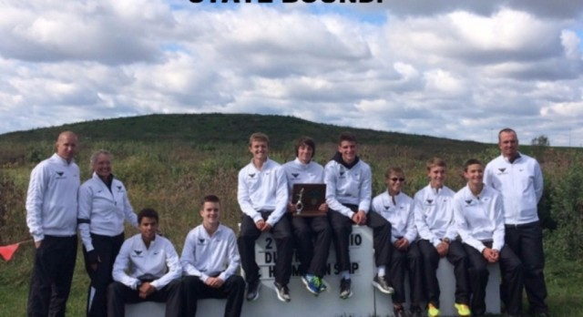 Boys Cross Country Earns State Berth!