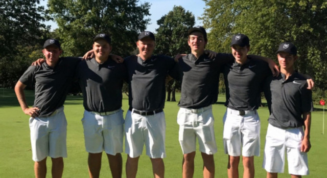 Boys Golf Defends Sectional Title