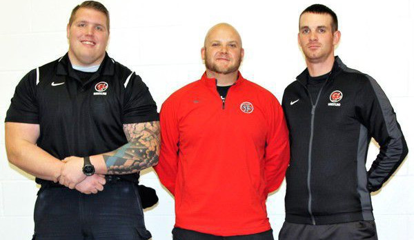Wrestlers show support for coaches in law enforcement