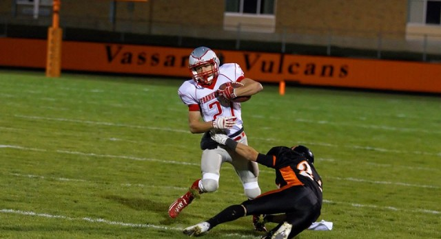 Frankenmuth High School Football Varsity beats Vassar High School 35-8