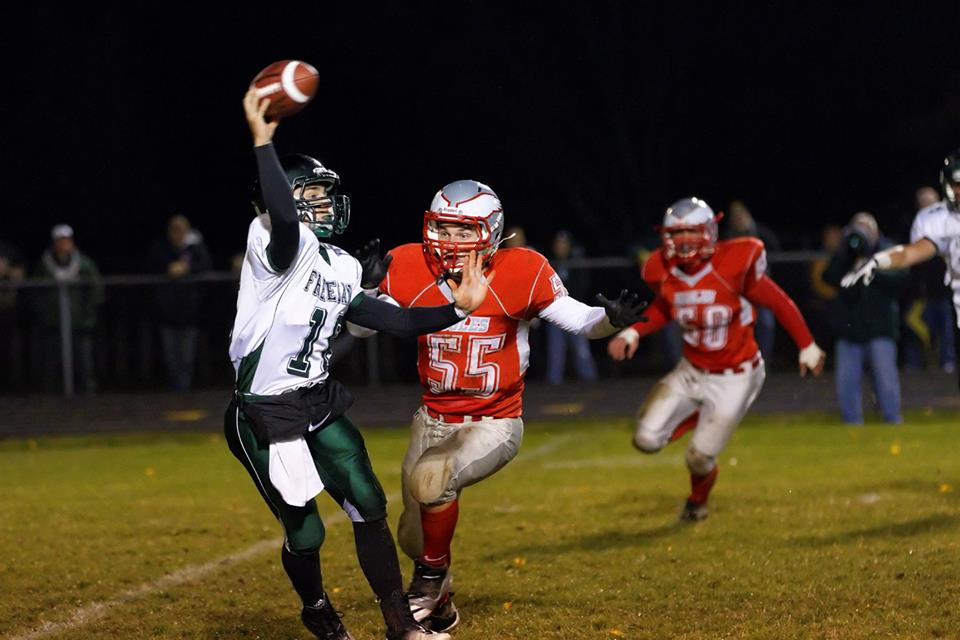 Frankenmuth High School Football Varsity beats Freeland High School 31-13