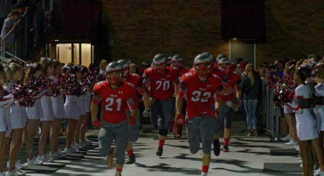 Frankenmuth High School Varsity Football beat Hemlock High School 35-20