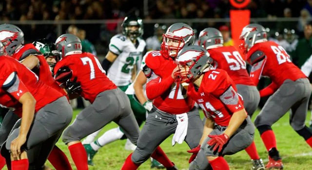 Frankenmuth High School Varsity Football falls to Freeland High School 7-42