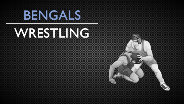 Wrestling goes 1-1 in Final Tri-Match
