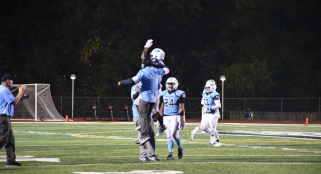 Varsity Football to Take on Barberton In Round 1 of OHSAA Tournament