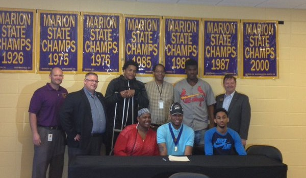 Reggie Jones Signs with Western Michigan University