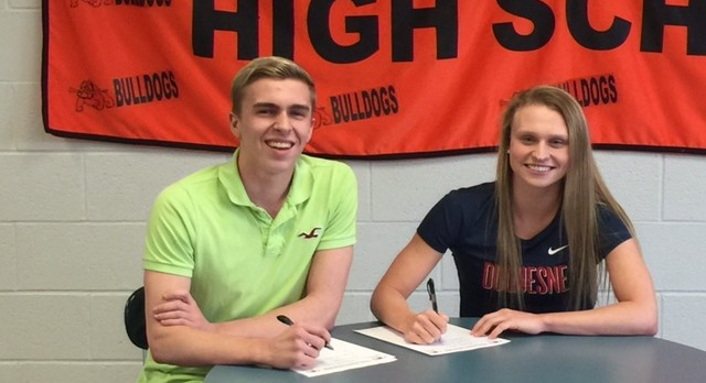 Swimmers Ruddock and Poletta Make it Official; Sign Letters of Intent