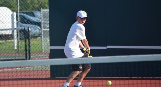 Tennis beat Brownsburg HS 4-1