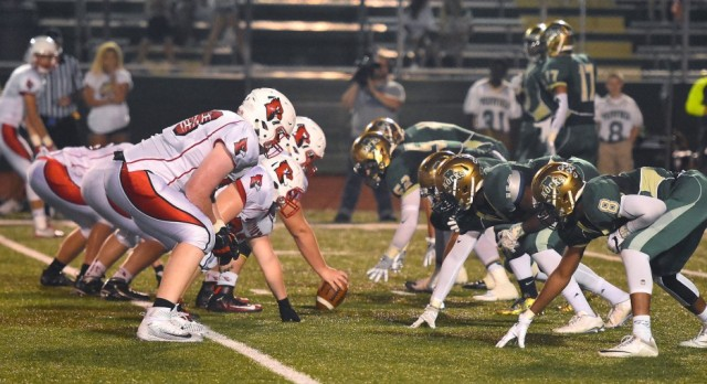 Westfield High School Varsity Football beat Southport High School 27-0