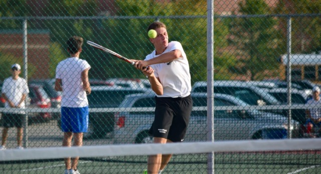 Boys Tennis beat Kokomo 3-2