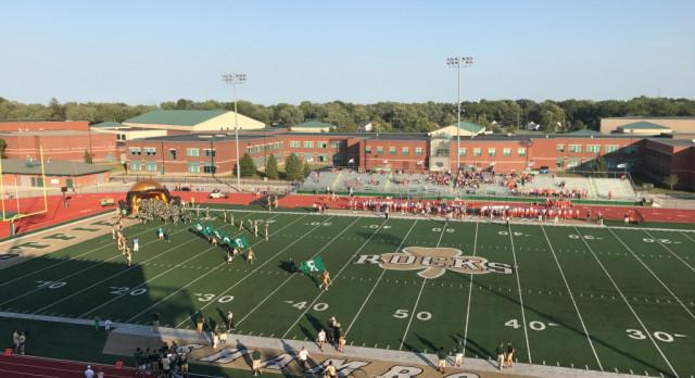 Westfield High School Varsity Football beat Harrison High School 22-7