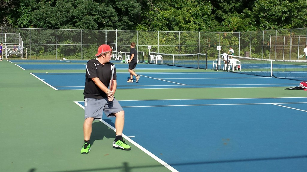 Boys Tennis Sweeps Quad