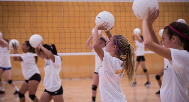 Elementary & Middle School Volleyball Camps