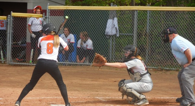Softball: Tigers defeat Wolverines
