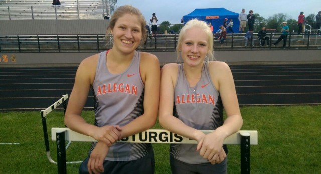 Girls Track Regional: Tigers 2nd; Isola & Price State Qualifiers