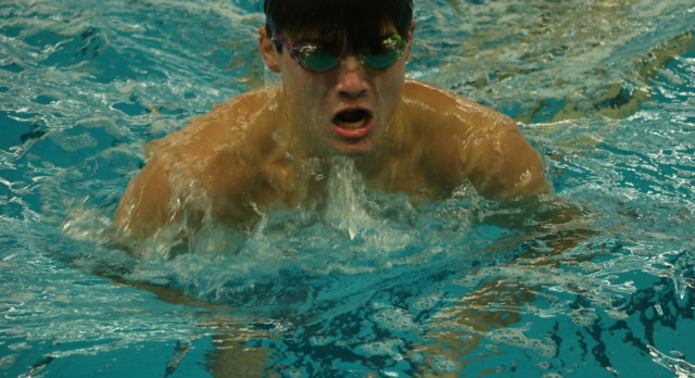 Boys Swimming: Host Conference Relays to open season