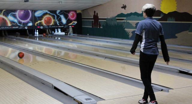 Bowling: Boys & Girls teams fall at Sturgis