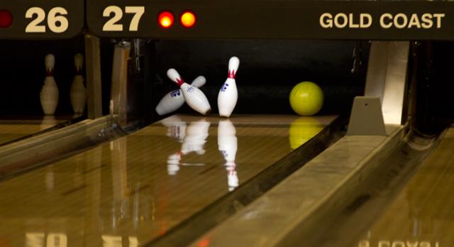 Bowling: Boys win at South Haven