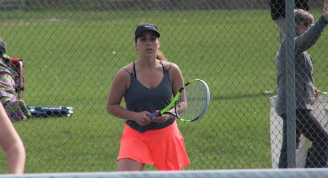 Girls Tennis: Tigers split at Hudsonville