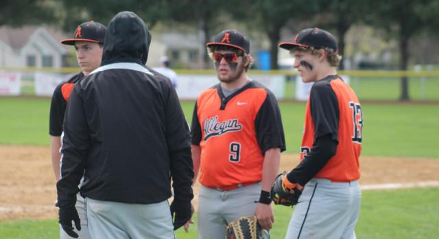 Baseball: Tigers fall in Dowagiac
