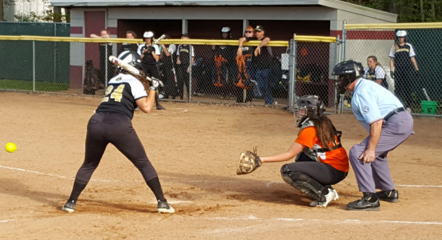 Softball: Tigers drop two to Raiders