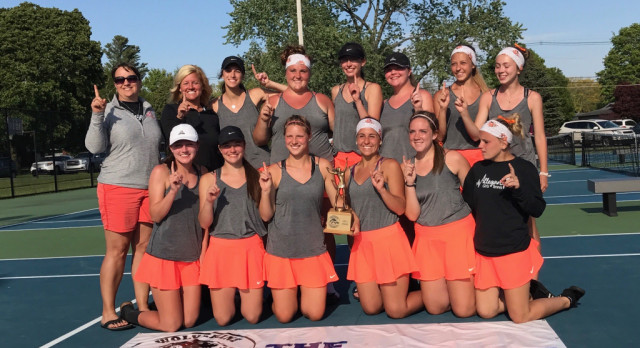 Girls Tennis: Wolverine Conference Champs!