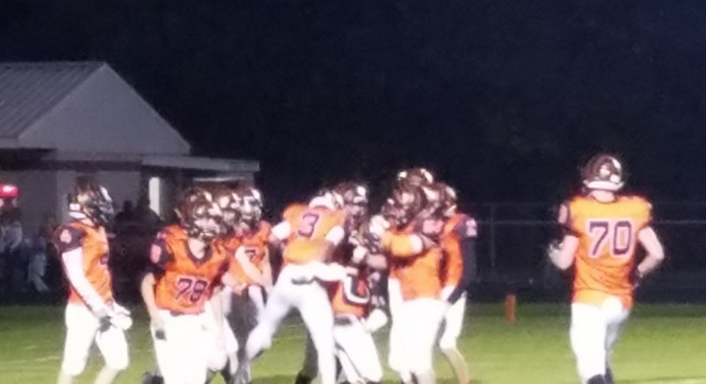 Tigers With a Big Win Friday!