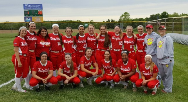 Softball wins Sectional Championship, advances to District title game Saturday