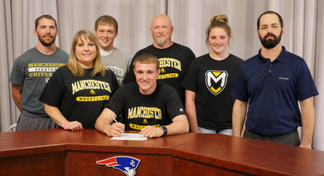 TYLER LEONHARD SIGNS WITH MANCHESTER!