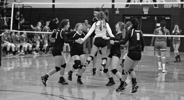 Varsity Volleyball Moves on to the Sweet Sixteen