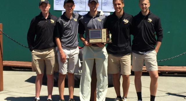 Pilgrim Golf Team Wins GLAC