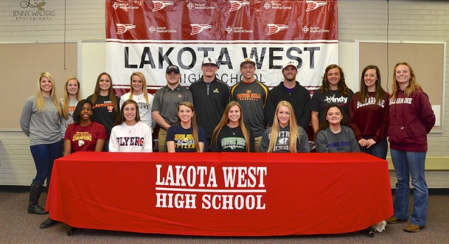 Record-Breaking 17 Student-Athletes Sign at Fall Early Signing Ceremony (Photos)