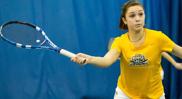 Lakota West Tennis Alum: Nicole Soutar beats nationally ranked Kentucky in doubles match!
