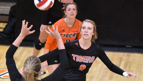 Lakota West Volleyball Alum: Corri Muha Helps Lead Tigers Over Cumberland In Four