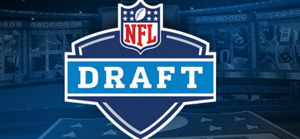 Lakota West Football Alumni: NFL Network Sunday Night LIVE Mock Draft has Bengals Taking Ryan Kelly