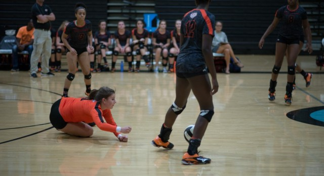 Hoover High School Girls Varsity Volleyball beat Tuscaloosa County/Sen Night 3-1